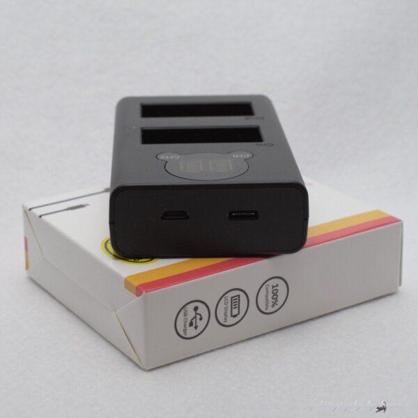 USBデュアル充電器